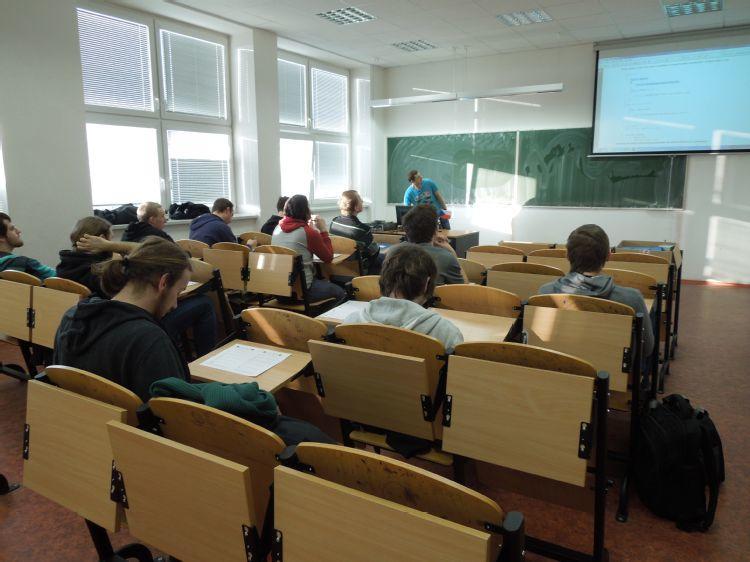 Programování řídících aplikací/Programming of Control Applications 6.1.2015